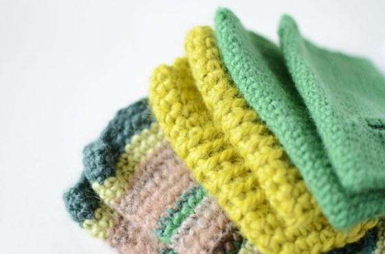 wrist warmers green
